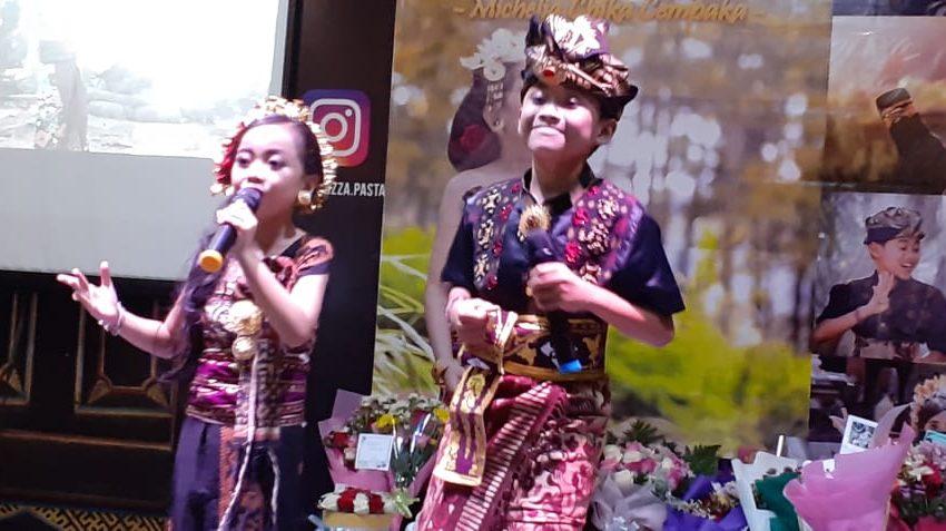 Chika feat Angling saat perfome peluncuran mini album Di Beten Langit Bali/ inimusik/ foto by istimewa
