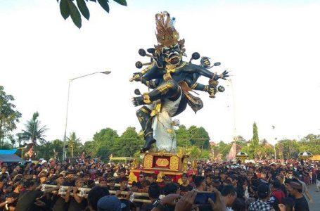 Atraksi Ogoh-Ogoh/foto by Bali Express/Inimusik